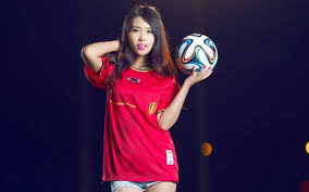 Ragam Permainan Unggulan Judi Bola Online